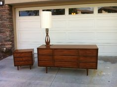 mid century modern walnut stanley bedroom set. i actually have