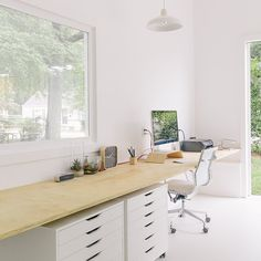 Create a home office space that you anticipate hanging out in daily. Below are a couple of home office design fads that function. Home Office Storage, Home Office Space, Home Office Design, Small Office, Office Spaces, Work Spaces, Desk Space, Office Designs, Workspace Design