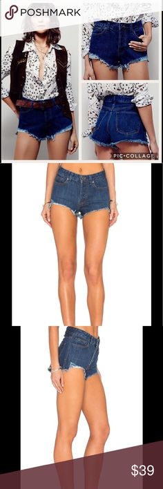 NWT Free People Logan High Rise Frayed Short Jeans Manufacturer: Free People Size: 28 Size Origin: US Manufacturer Color: Rinse Wash Retail: $68.00 Condition: New with tags Style Type: Denim Collection: Free People Bottom Closure: Button Fly Waist Across: 16 Inches Inseam: 2 Inches Rise: 10 Inches Hips Across: 19 Inches Leg Opening: Inches Front Style: Flat Front Back Pockets: Patch Pockets Material: 100% Cotton Fabric Type: Denim Specialty: Frayed Hem Free People Jeans