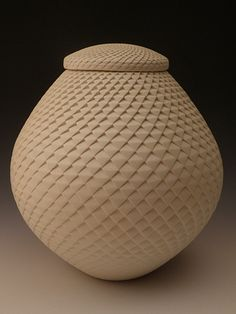 Michael Wisner Pottery White ash urn with lid Ceramic Pottery, Pottery Art, Earthenware, Stoneware, Cremation Urns, Classical Art, Key Design, Ceramic Artists, Clay Projects