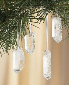 Quartz Crystal Ornaments - get 30 sm crstals from my shop and glue Bri's white ribbon in cord box to them for our Yule tree after faire. Bohemian Christmas, Noel Christmas, Winter Christmas, Winter Holidays, Pagan Christmas Tree, Natural Christmas Ornaments, Outdoor Christmas, Christmas Ideas, Xmas Trees