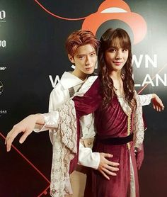 Jaehyun and Jungwoo from NCT 127 as Jack and Rose from Titanic, SM Halloween party Winwin, Taeyong, Nct 127, Nct Johnny, Jaehyun Nct, K Pop, Shinee, Halloween Party, Halloween Costumes