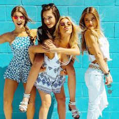 Find images and videos about girls, 2016 and vine on We Heart It - the app to get lost in what you love. Best Friend Fotos, 4 Best Friends, Best Friends Forever, Best Friend Pictures, Bff Pictures, Friend Photos, Picture Poses, Photo Poses, Bff Poses