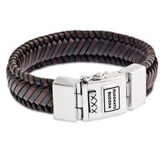 Buddha to Buddha Armband 'Edwin' Leather Black-Brown 21 cm 783MIXF. Stoere, handgemaakte bruin-, en zwartlederen armband met prachtige symetrische gevlochten details. Deze armband is 21 cm lang en heeft een zeer stevig bakslot met veiligheidsachtje.