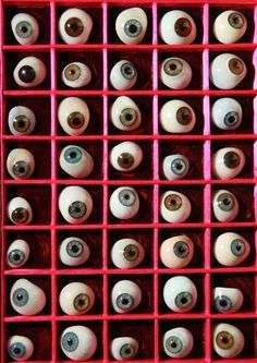 London Science Museum's Creepy Glass Eyeball Collectioneyes