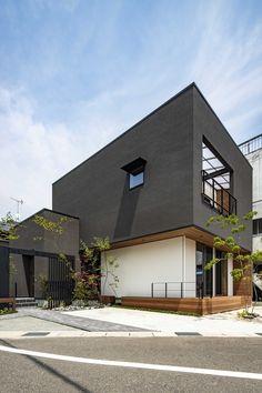 最小限が創る最大の可能性 Modern Buildings, Modern Architecture, Home Interior Design, Exterior Design, Japanese Modern House, Box Houses, Facade House, Simple House, Minimalist Home