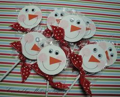"snowman lollipops - bjl Punches:  1 3/4 Circle, Large Star Punch (Nose), 1"" Punch used as a stencil to trace smile Misc Items: SU Ribbon, Sticky Strip and Googlie Eyes"