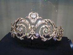 Queen Noor of Jordan Chaumet Scroll Tiara