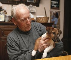 Dogs, horses, even fish: Animals can do amazing things for dementia patients.