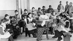 The commission that has spent five years examining one of the darkest chapters in Canada's history is winding up its work with a key question left unanswered — exactly how many aboriginal children died in residential schools? Residential Schools Canada, Indian Residential Schools, Canadian History, Native American History, Aboriginal Children, Aboriginal History, Aboriginal Language, Sinclair, Berenice Abbott