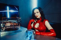 Character: Miranda Lawson / From: BioWare's 'Mass Effect' Video Game Series / Cosplayer: Maria Khanna (aka Maria Hanna Cosplay, aka Hannuki)