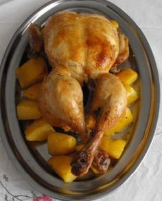 Pollo al horno con ajo. Ver la receta http://www.mis-recetas.org/recetas/show/40331-pollo-al-horno-con-ajo