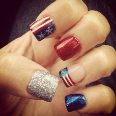 Cute Glitter French Tip Nails Different Nail Designs, Simple Nail Designs, Nail Art Designs, Avon Nail Polish, Avon Nails, Glitter French Tips, French Tip Nails, Seasonal Nails, Holiday Nail Art