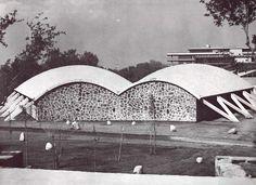 Las Aulas, Escuela de Ciencias Químicas, Ciudad Universitaria (UNAM), México DF 1952 Arqs. Enrique Yáñez, Guillermo Rosell y Félix Candela - Lecture halls, School of Chemical Sciences, Cuidad Universitaria (UNAM), Mexico City 1952