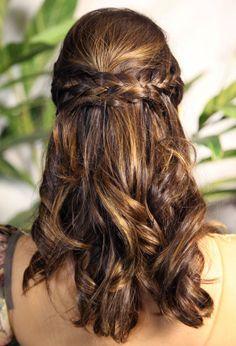 Giovanna Lancellotti. Cabelo. Hair. Braid. Trança. Meio preso. Princesa. Princess. Romantic.
