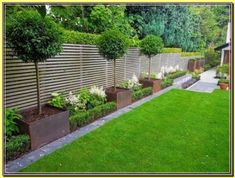 backyard landscaping Most Beautiful Fence Landscaping Ideas to Beautify Your Backyard is part of Back garden design - Besides its main function which provides privacy, securit Back Garden Design, Modern Garden Design, Fence Design, Modern Design, Small Backyard Landscaping, Front Yard Landscaping, Landscaping Ideas, Backyard Ideas, Mulch Landscaping