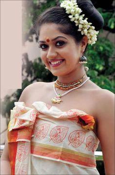Beautiful Girl Indian, Most Beautiful Indian Actress, Beautiful Saree, Beautiful Women, Cute Beauty, Beauty Full Girl, Beauty Women, India Beauty, Asian Beauty