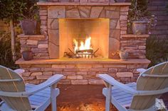 outdoor fireplace Outside Fireplace, Backyard Fireplace, Outdoor Fireplaces, Fireplace Ideas, Outdoor Patios, Outdoor Spaces, Outdoor Decor, Outside Living, Outdoor Living