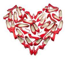 Ligesom Askepot, så ved vi, at den rigtige sko kan sikre kærligheden! I Love Heart, With All My Heart, Happy Heart, My Funny Valentine, Valentines Day, Valentines Hearts, Red Shoes, Me Too Shoes, Red Pumps