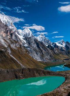 Glacier lakes and snowy peaks, Cordillera Huayhuash / Peru (by...