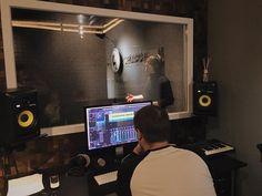 Никита Алексеев записал новый сингл!