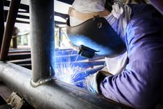 According to our friends at Miller Welders, there are a dozen basic pitfalls a pipefitter can make when welding. Let's take a look at an overview of these common mistakes so you can become a pro pipe welder: Welding Rods, Diy Welding, Welding Design, Welding Crafts, Welding Gloves, Welding Helmet, Working Area, Metal Working, Industrial Welding