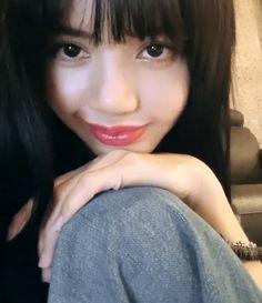 Jennie Blackpink, Blackpink Lisa, Kpop Girl Groups, Kpop Girls, Mode Kpop, Kim Jisoo, Long Black Hair, Black Pink Kpop, Blackpink Photos