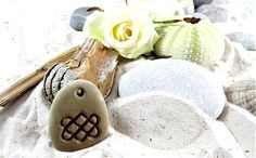 Wedding decorations – stone jewelry. Baltic stone individually engraved with a symbol #weddingdecorations #wedding #bohostyle #bohowedding #decorations #weddinggift