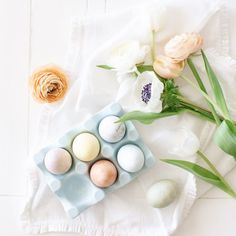 Naturally Dyed Easter Egg Tutorial