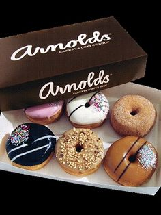 Arnolds donuts <3