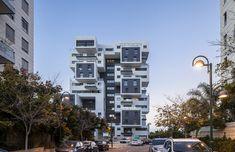 22 Haganim st. Ramat Hasharon  / Bar Orian Architects