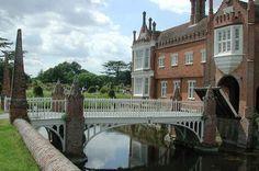 Helmingham Hall - Flip - Picasa Webalbums