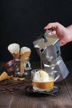 Affogato, Espresso, Coffee Maker, Kitchen Appliances, Blog, Per Diem, Espresso Coffee, Coffee Maker Machine, Diy Kitchen Appliances