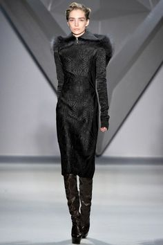See the complete Vera Wang Fall 2012 Ready-to-Wear collection.