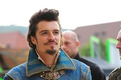 Early Wednesday actor Orlando Bloom took a swing at teen idol Justin Bieber after the two encountered each other at Cipriani in Ibiza, Spain. Orlando Bloom, Miranda Kerr, The Three Musketeers 2011, Gabriella Wilde, Ray Stevenson, Mustache Styles, Christoph Waltz, Matthew Macfadyen