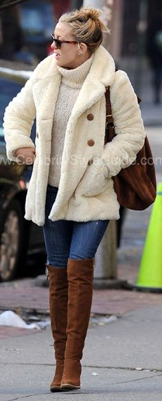 Seen on Celebrity Style Guide: Kate Hudson & her son out & about in New York - December 7, 2009