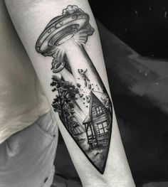 Cool Tattoos, Body Art Tattoos, Tattoos, Eye Tattoo, Planet Tattoos, Tattoo Style, Leg Tattoos, Piercing Tattoo, Alien Tattoo