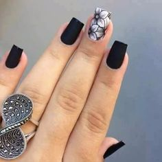 Nail art is one of the most popular trends among the youth/adults and also among celebrities. They never get out of its spark because when your hands look pretty & the reason is your nails, you feel confident. And anything that adds to your beauty should never be compromised. Try out these wint…