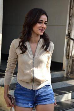 In Pics: Ananya Pandey Cuteness personified Indian Actress Pics, Indian Bollywood Actress, Bollywood Girls, Bollywood Stars, Beautiful Indian Actress, Indian Actresses, Indian Dresses Traditional, Actress Bikini Images, Deepika Padukone Style