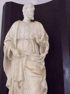 #museopepoli ... #invasorisinasce #invasionidigitali ... Perché al Museo Pepoli di Trapani, dopo l'assaggio del tramonto nel chiostro, non puoi non lasciarti travolgere dalla bellezza e dal nitore delle sculture gaginesche...