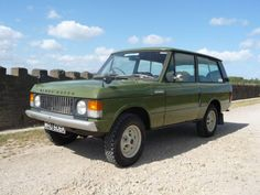 """WRU - 1971 Range Rover Classic """"Suffix A"""" - DIESEL ! Not one for the purist, this Range Rover was purchased by the previous owner in and has Range Rover Classic, Range Rover Jeep, Range Rovers, Ranger, Diesel, Garage Workshop Plans, Range Rover Supercharged, Toyota Fj Cruiser, Jeep Rubicon"""