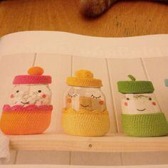 Crochet jar covers. Mollie Makes 63