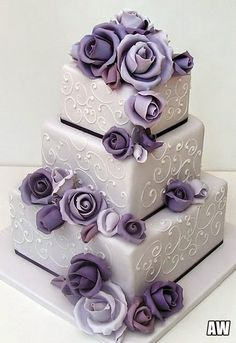 42 Square Wedding Cakes That Wow! – Wedding Cakes With Cupcakes Purple Cakes, Purple Wedding Cakes, Beautiful Wedding Cakes, Gorgeous Cakes, Pretty Cakes, Amazing Cakes, Wedding Flowers, Cake Wedding, Floral Wedding