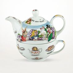 You guys: Alice in Wonderland Tea For One Set from Lookboard is so hot right now. Having gained a rap as being the most unique of the world's ceramics, these delicate pieces are ready to bring their idiosyncrasy to your own china collection. Whether paying homage to Disney classics or to the inner sentimentalist inside us all, these teapots, cups, trays, and accessories are among the more agreeable you'll ever encounter.