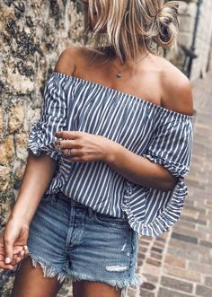 cute summer outfit idea / striped off shoulder top and shorts