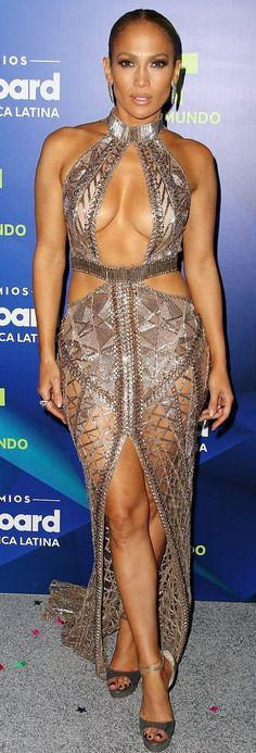 Jennifer Lopez in Julien MacDonald attends the Latin Billboard Awards. #bestdressed