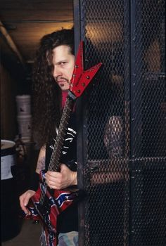 ✩ Check out this list of creative present ideas for people who are into cycling Metal Bands, Rock Bands, Hard Rock, Music Is Life, My Music, Dime Bags, Vinnie Paul, Dimebag Darrell, Rock Of Ages