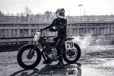 #motorcycles #flattracker #motos   caferacerpasion.com