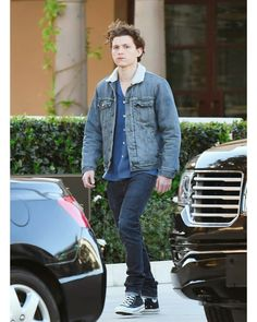 ♡●•° H O L L A N D °•●♡ Tom Spiderman, Tom Holland Peter Parker, My Tom, Tommy Boy, Marvel Films, Men's Toms, West London, To My Future Husband, Hot Boys