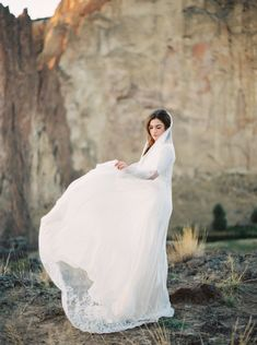 flowing #wedding gown